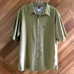 The North Face Large Plaid Button Shirt